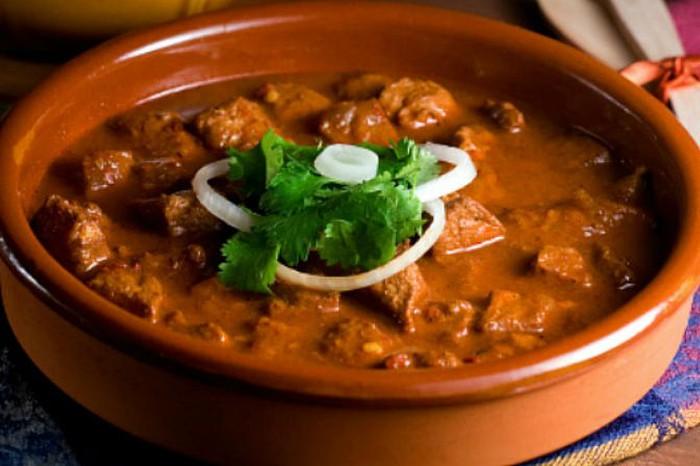 Kerala Beef Curry + Coorg Pandi Curry at Gunpowder, Goa