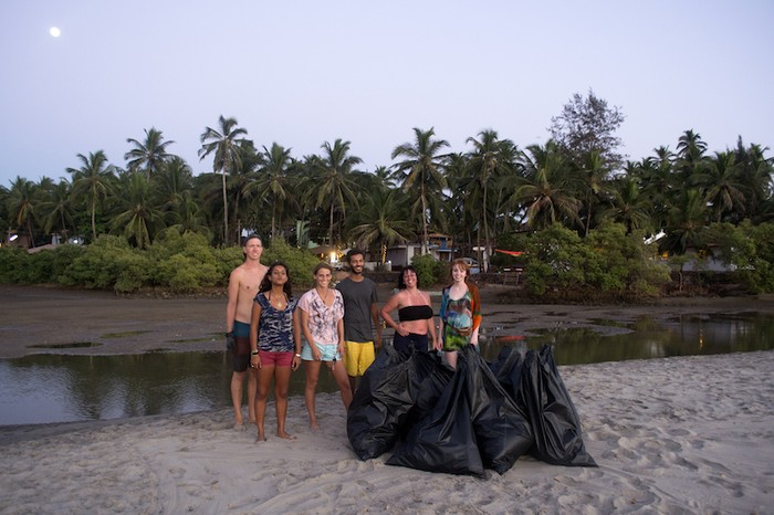 The Vaayu beach clean crew from last season.