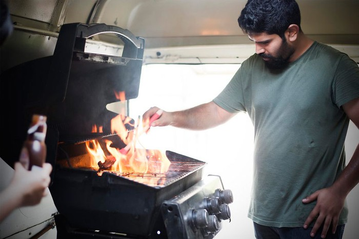 Barbeque India; Spitfire BBQ Food Truck, Bangalore, budweiser , budweiser magnum, bbq, india, bangalore, steak,spitfire food truck, steak, ribs,  fries, burger, barbecue, food truck, india, branded content, food, meat