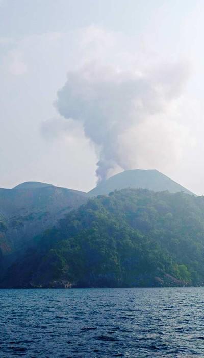 Barren-Island-Volcano-Smoking- - Copy