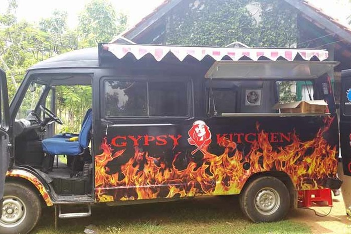 Bengalurus 15 best food trucks serve up delicious meals on wheels gypsy kitchen forumfinder Choice Image