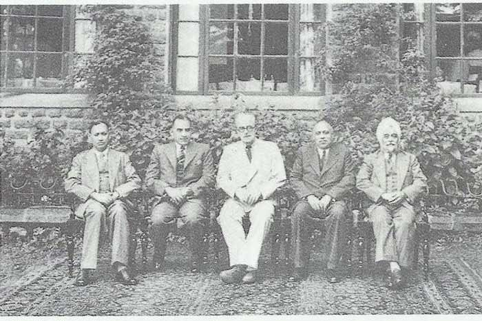 Radcliffe In The Center With Members Of The Punjab Commission. Image Source: Freedom At Midnight