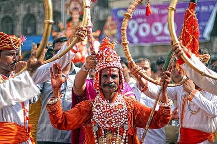 Gondhali dance. Image source - Rakesh Koyande, Flickr