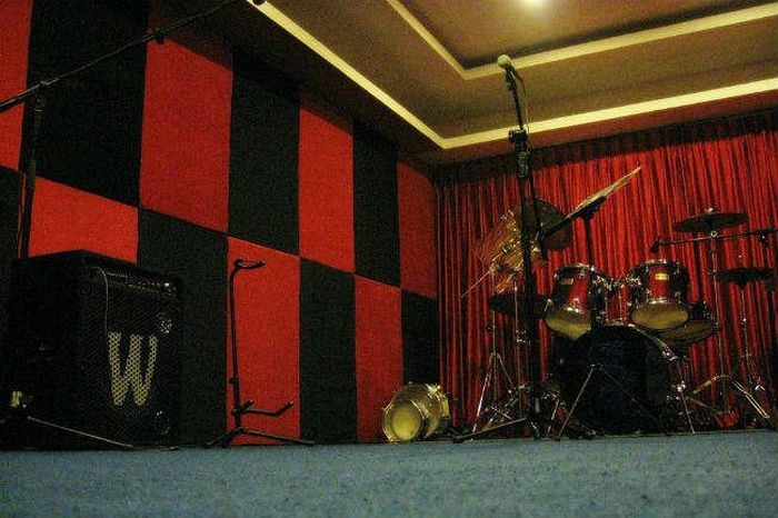 9 Bangalore Jam Rooms Providing Space For Musicians To Practice And