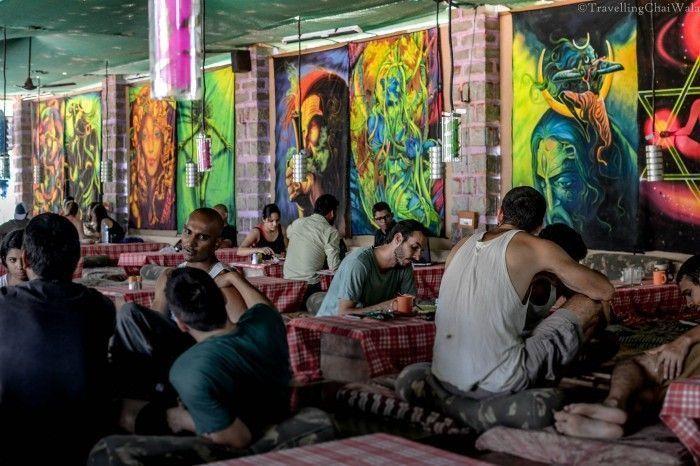 A Cafe on the Hippie Island, Hampi. Source: travelingchaiwala.wordpress.com