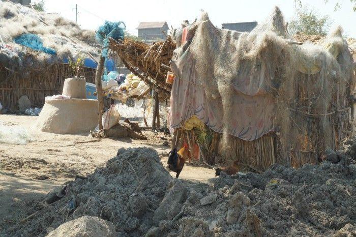 The poverty in Kumbhargaon. Image Source: Sanket Jain