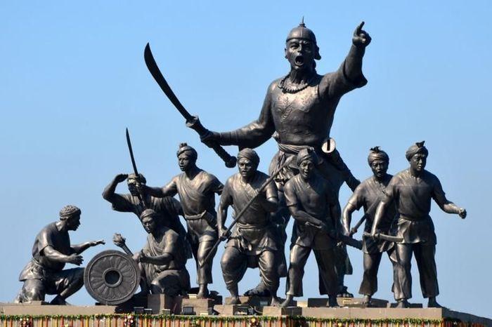 Statue of Lachit Borphukan on the Brahmaputra, in Guwahati. Source: Hindustan Times