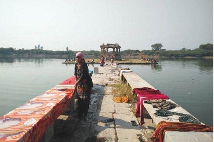 Malav Talav, now a Dhobhi Ghat