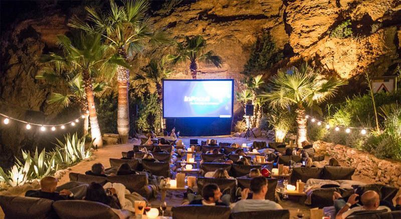 7 Alternative Venues To Watch Independent Films In Mumbai
