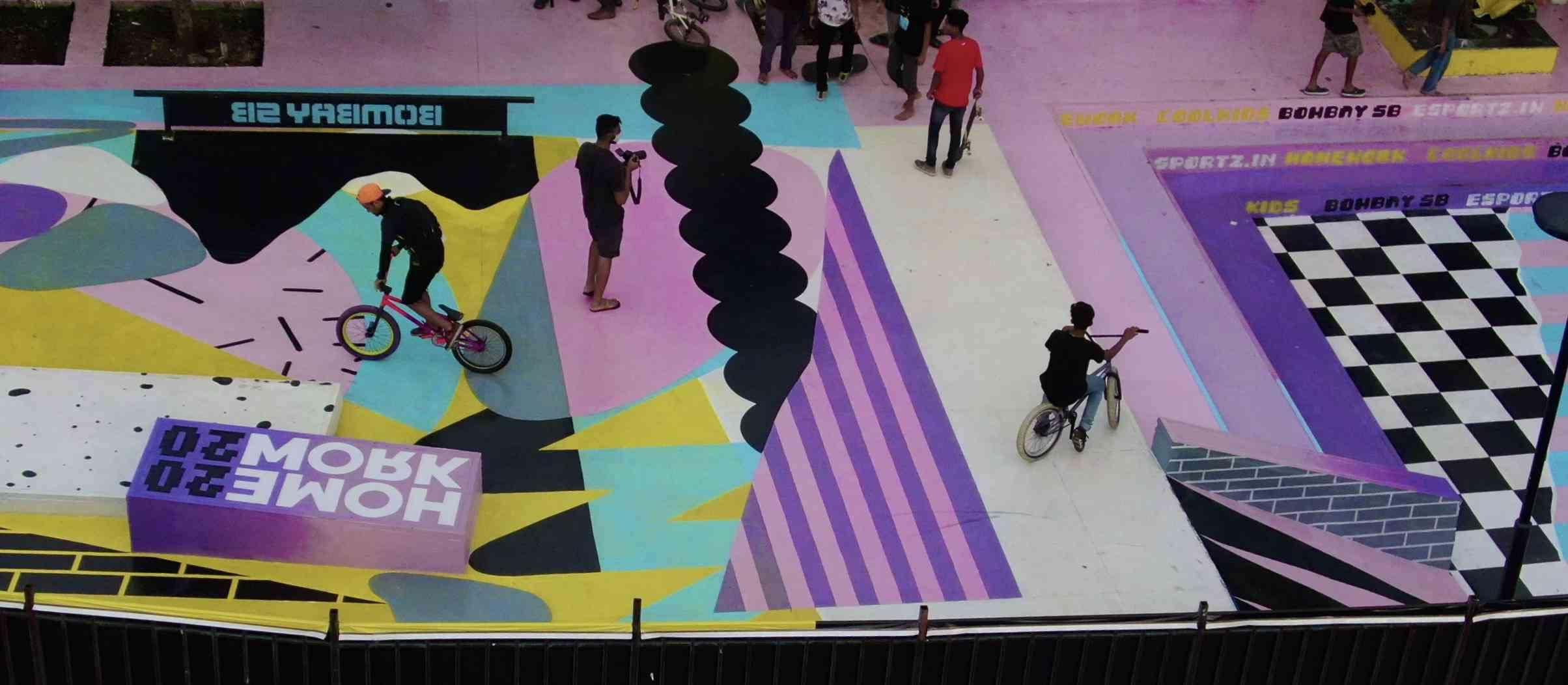 carter road skatepark with mural illustrations