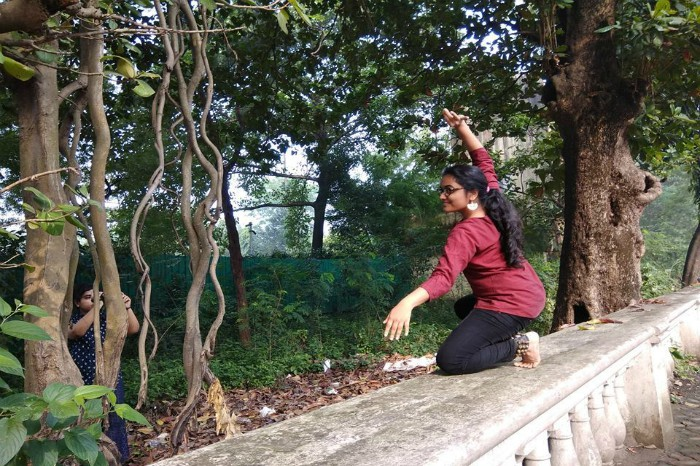Swati performing at a park.